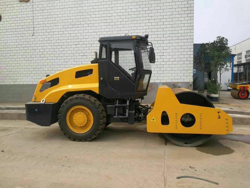 LY-8.0T 8吨单钢轮压路机